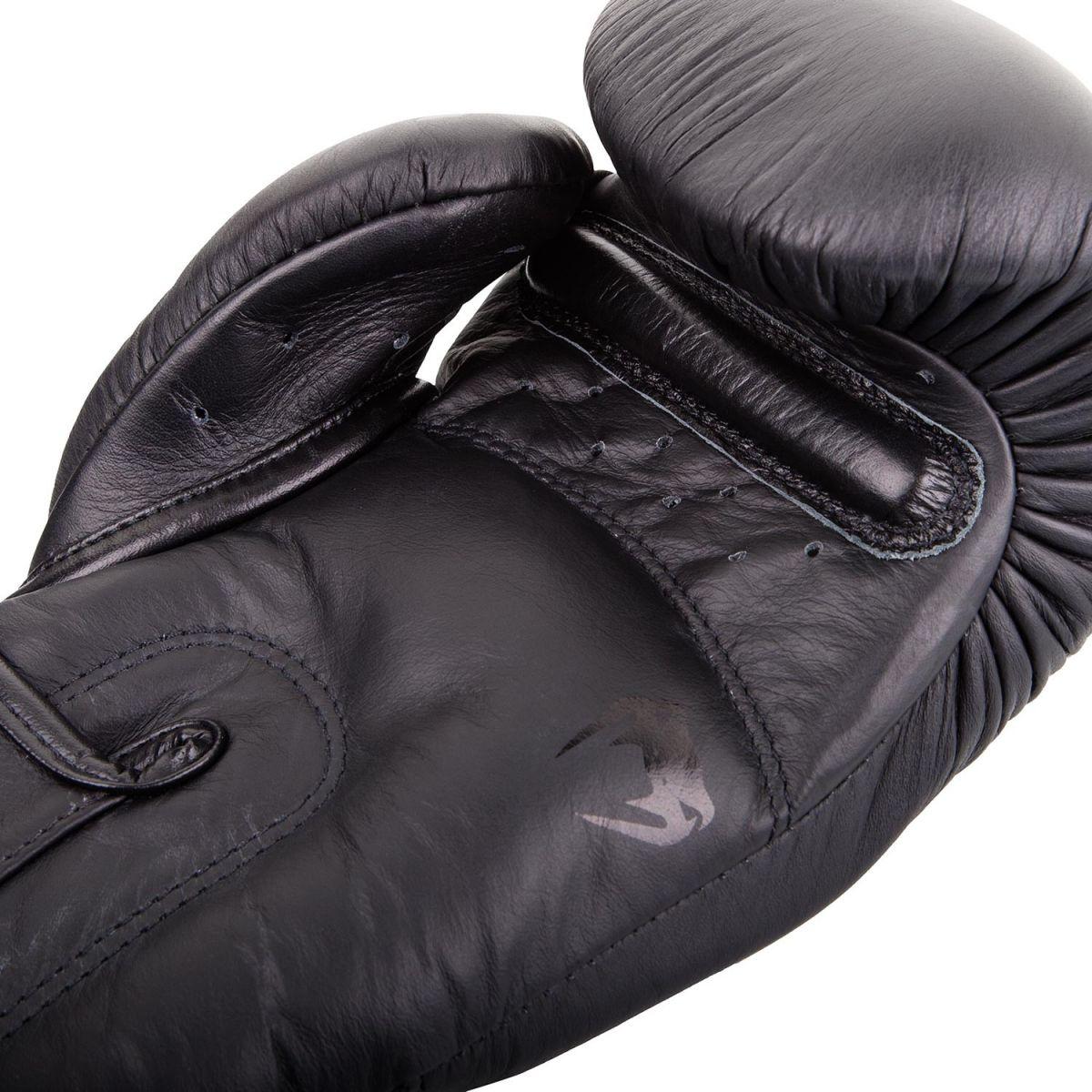 Перчатки Venum Giant 3.0 Boxing Gloves Black/Black-10