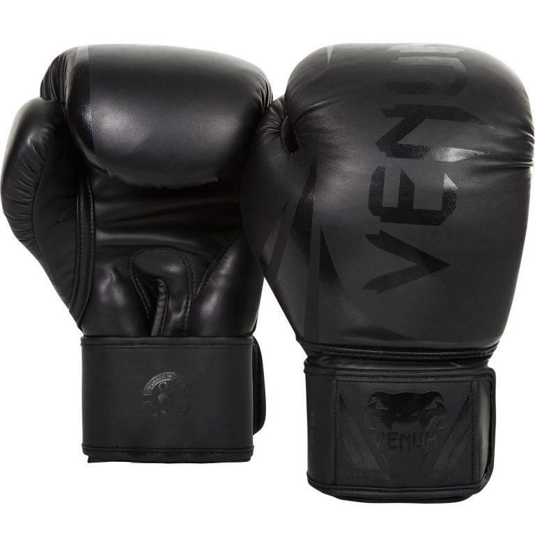 Боксерские перчатки Venum Challenger 2.0 Black/Black 10 унций