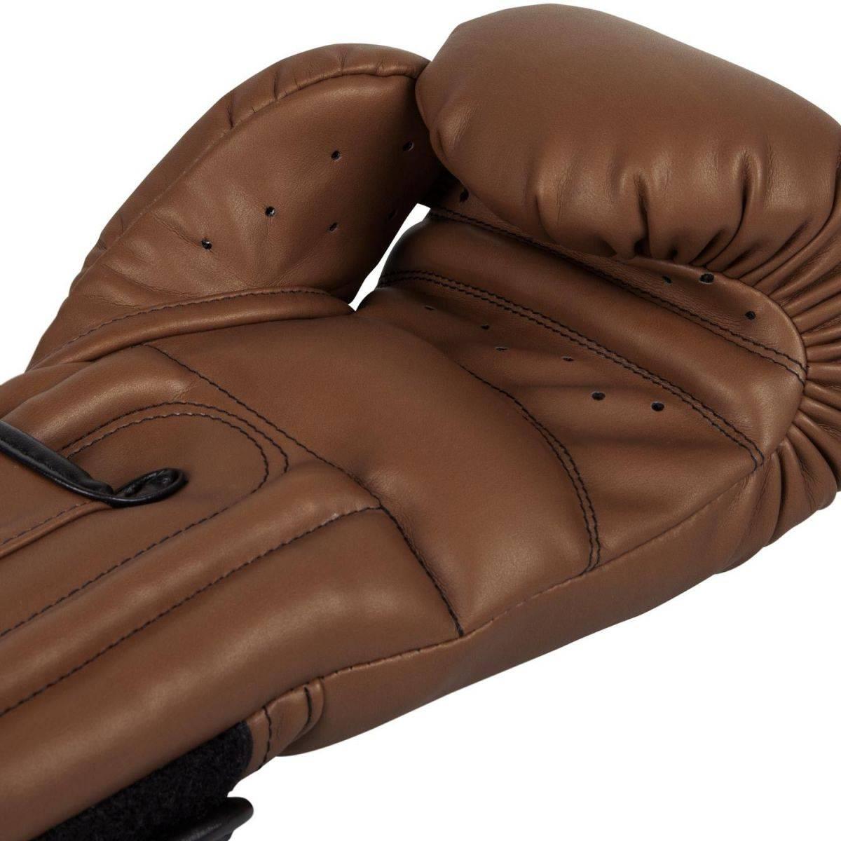 Боксерские перчатки Venum Giant Sparring Boxing Gloves