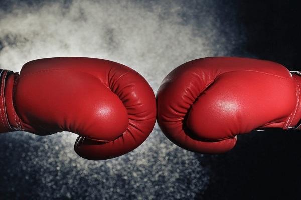 Как выбрать боксерские перчатки? Их виды и особенности
