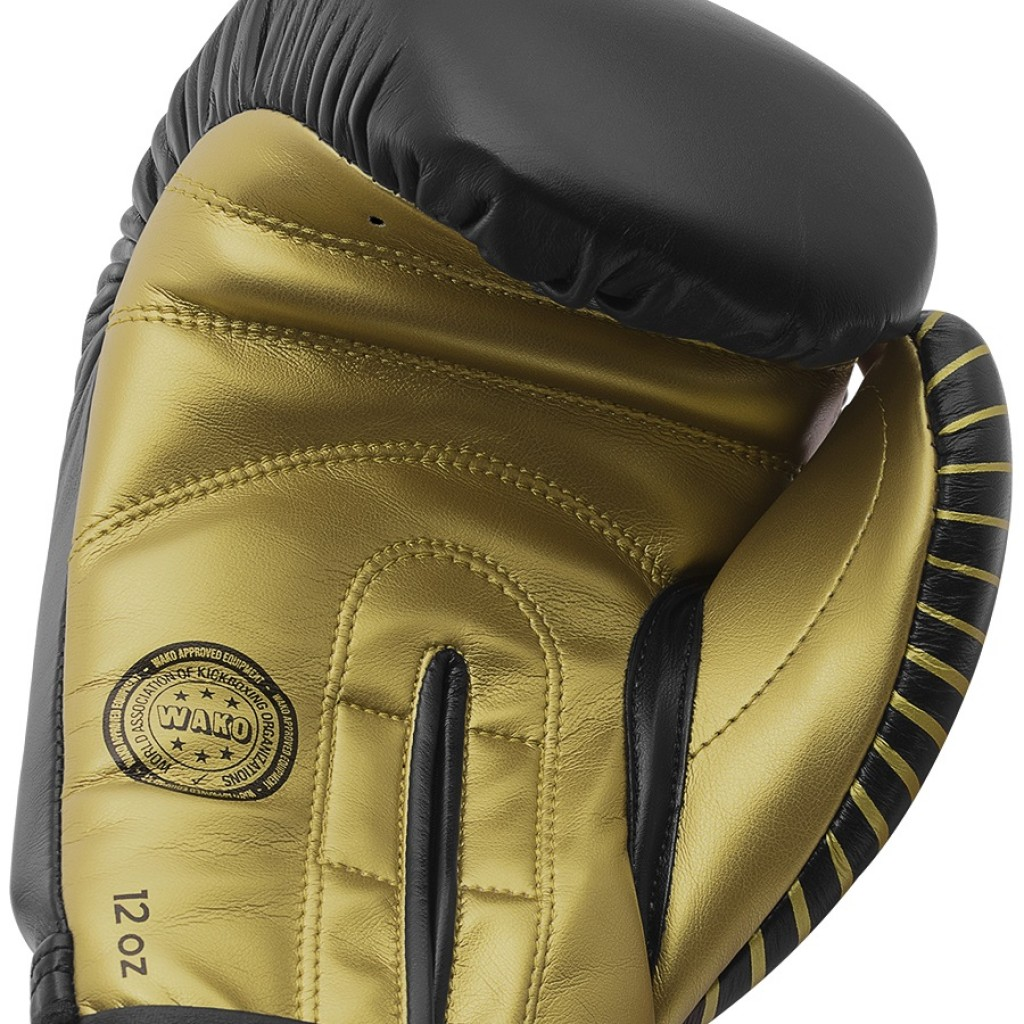 Перчатки Adidas Wako для бокса и кикбоксинга 10 унций